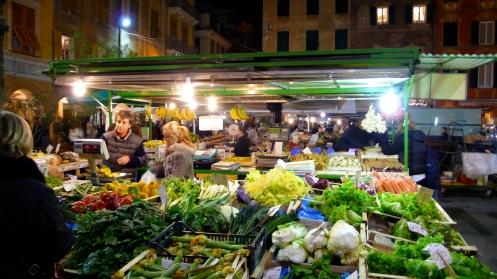 mercato di piazza mazzini