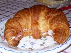 cornetto with prosciutto di san daniele