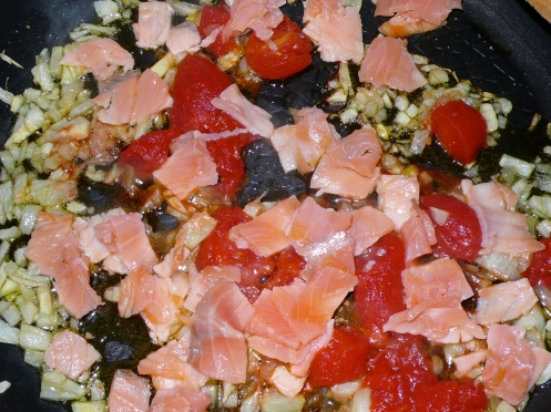 smoked salmon, fennel and tomatoes