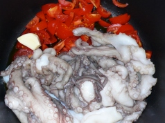octopus and tomatoes