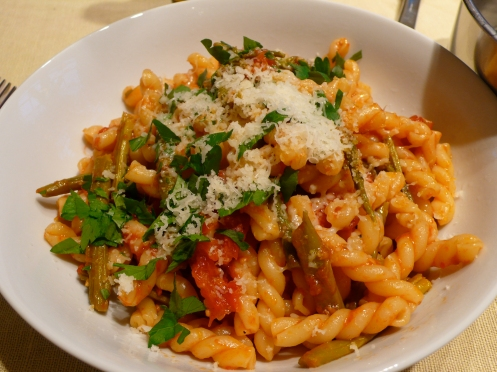 gemelli with asparagus & roasted tomatoes