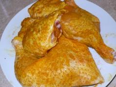 spiced chicken pieces