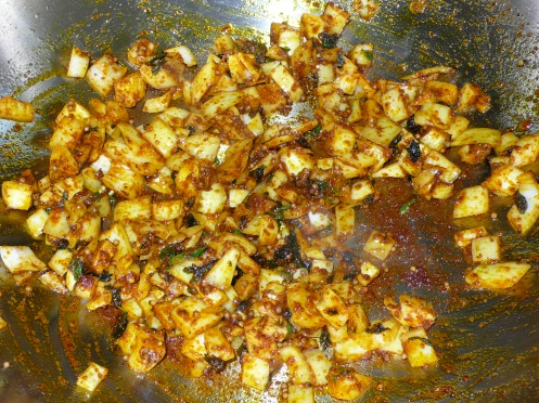 onions with spice mix