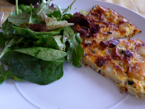 frittata with salad